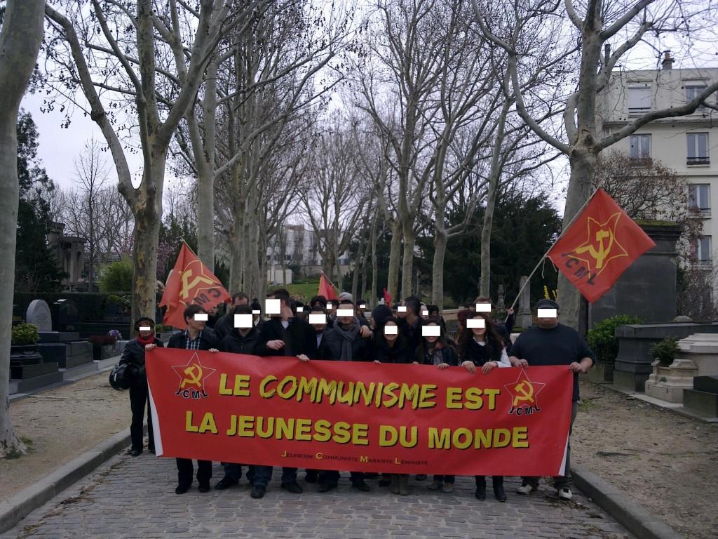 Le rassemblement à Paris au Père Lachaise